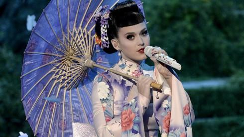 Katy Perry dressed as a Geisha
